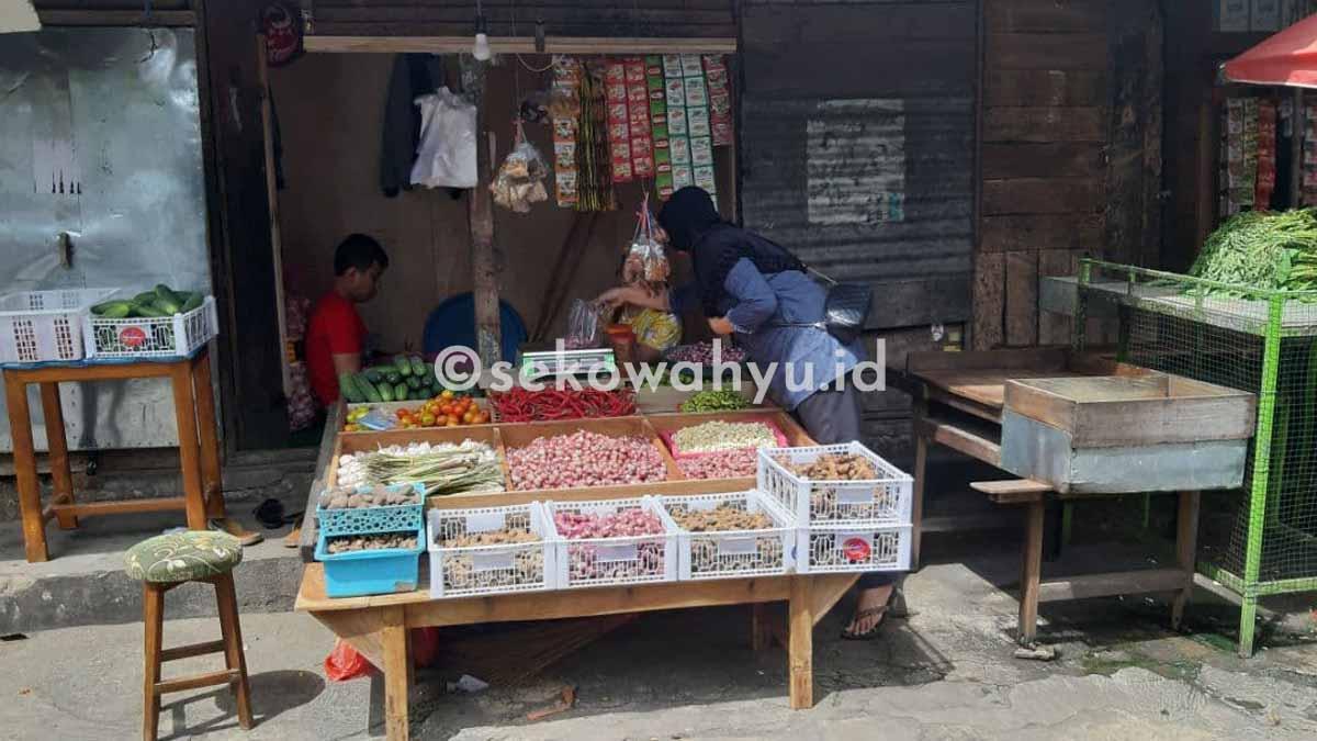 Lapak Mbak Yanti Pasar Templek Blitar
